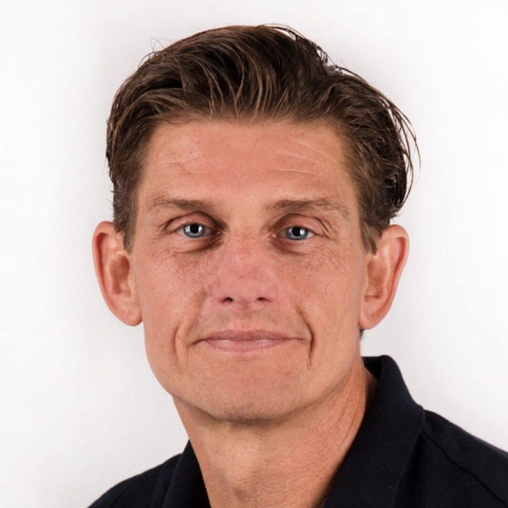 Joost-van-Oostrum-833x1024